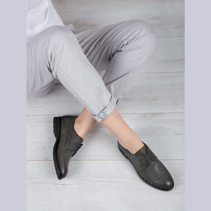 Kožené poltopánky s kovovými cvokmi bata, šedá, 526-9643 - 19
