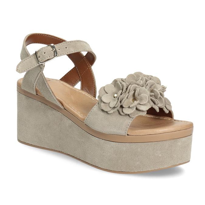ff44daf0455c Baťa Kožené dámske sandále na flatforme - Všetky topánky