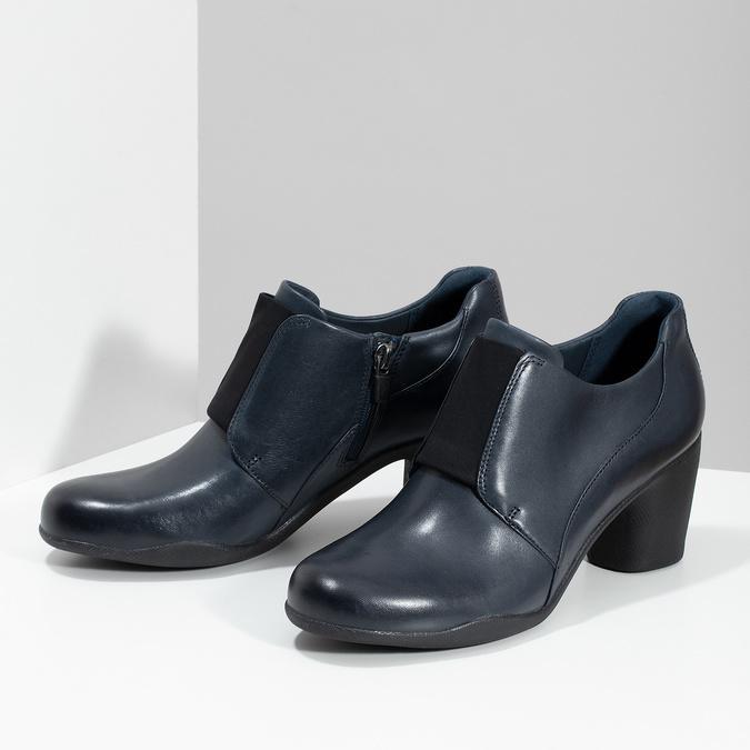 Modrá kožená členková obuv s pružením clarks, modrá, 716-9076 - 16