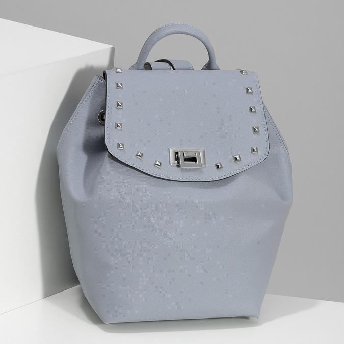 Modrý dámsky batoh s kovovými cvočkami bata, modrá, 961-9940 - 17