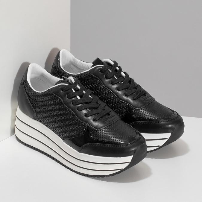 Čierne dámske tenisky na pruhovanej flatforme bata-light, čierna, 621-6656 - 26