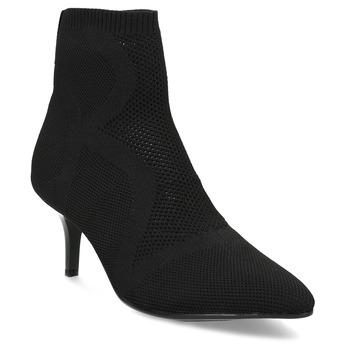 Čierna členková obuv na podpätku bata-b-flex, čierna, 799-6648 - 13