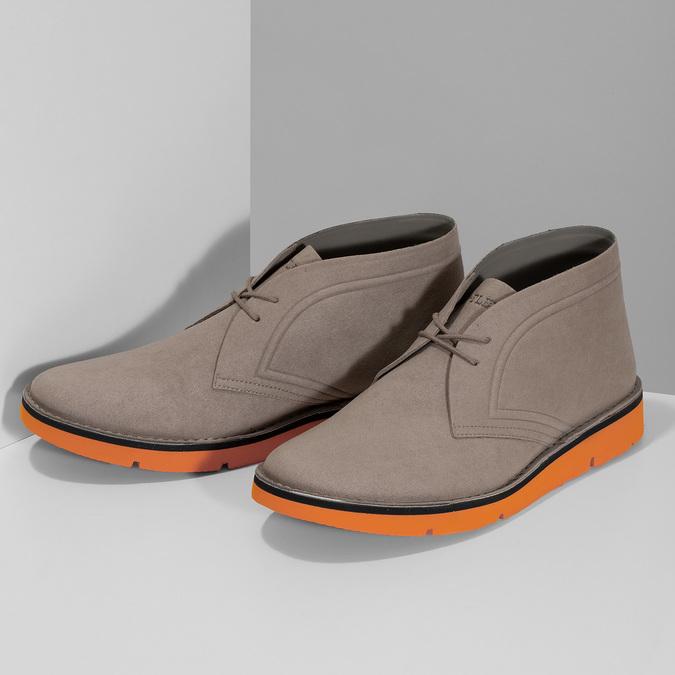 Členková pánska obuv s oranžovou podrážkou bata-b-flex, šedá, 899-8600 - 16