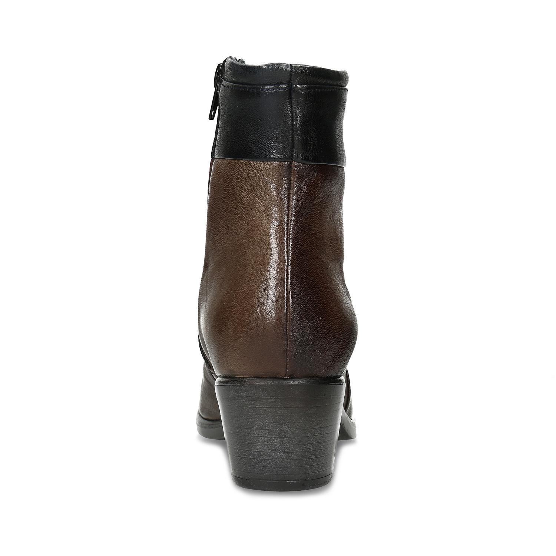 404e6b3355 Baťa Hnedé kožené členkové čižmy s prešitím - Na podpätku